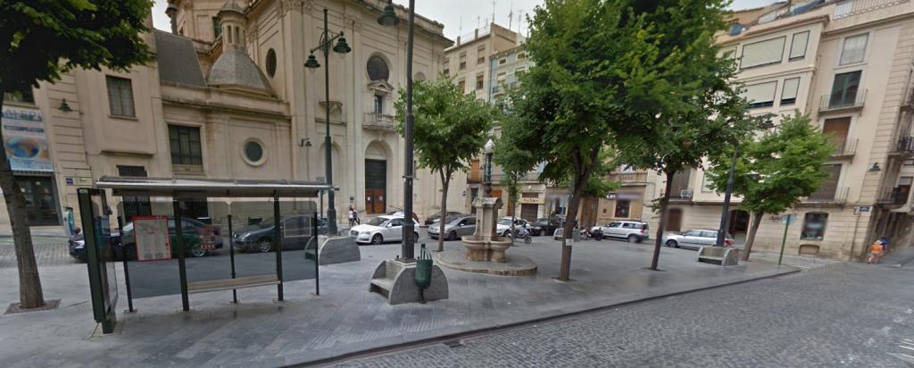 Parada Plaza Ramón y Cajal: una visita al edificio de L´ Àgora