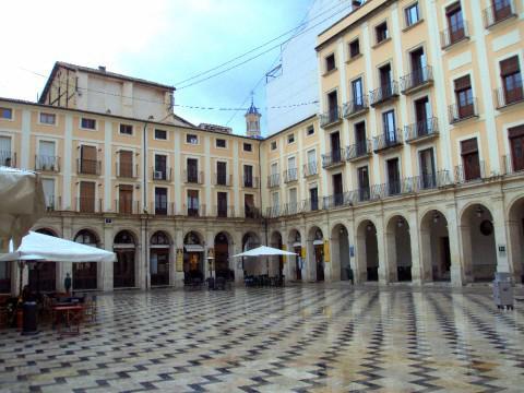 Plaza de Dins